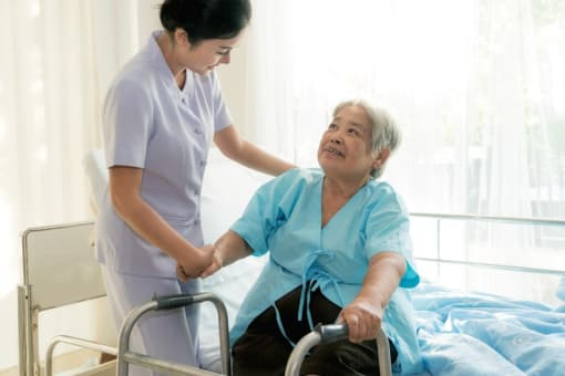 what-to-consider-when-choosing-a-hospice-provider